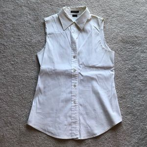 Theory Sleeveless Button Down Collared Shirt
